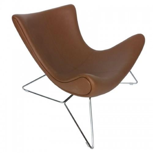 Sillón de diseño Imola, que evoca los muebles de los años 60 y 70