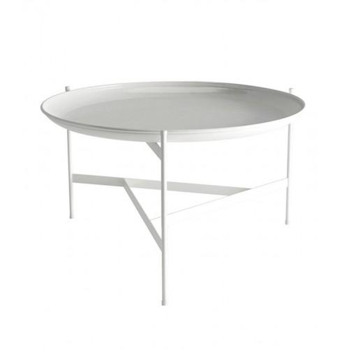 Mesa baja 66cm de diámetro. Base forma un diseño triangular .